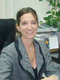 加拿大魁省执牌专业移民律师 Stephanie Riccio